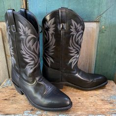 Vintage Bandana, Red Bandana, Girl Cowboy Boots, Western Boots, Grey Leather, Leather Shoes, Gypsy Boots, Square Toe Boots, Turquoise Cuff