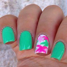 Green and pink palm tree summer nailart