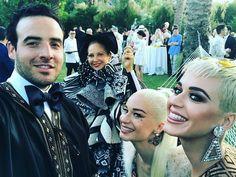 #PHOTO | @katyperry with @SarahHudsonuvs, @Sia and J. Logan Horne at Sarah's wedding today