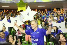Bernardinho comemora título da Superliga 2015/16 (Foto: Charles Sholl/Futura Press)