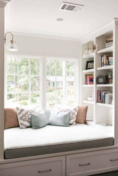 20 Incredibly cozy book nooks you may never want to leave! 20 Incredibly cozy book nooks you may never want to leave! Bedroom Reading Nooks, Bed Nook, Bedroom Nook, Cozy Nook, Home Decor Bedroom, Bedroom Ideas, Master Bedroom, Bay Window Bedroom, Bedroom Seating
