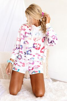 Cute Lounge Outfits, Leopard Shorts, Spring Wear, White Hoodie, Boutique Clothing, Fall Outfits, Hoodies, Casual, Fuzzy Slippers