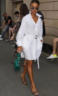 Karrueche Tran looks ethereal in white shirt dress in Milan Top 10 Clothing Brands, Clothing Haul, Ripped Jeans Style, Karrueche Tran, Look Street Style, Miami Fashion, Fashion Killa, Classy Outfits, Celebrity Style