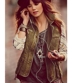 Baylie's style... Layers and Music @Baylie Carlson Wright