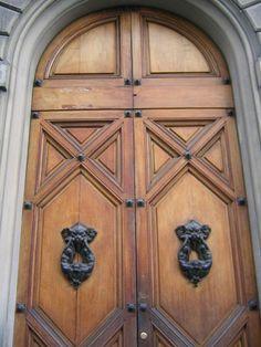 Portal Medieval, Florence