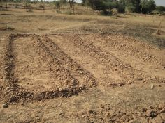 One way Tearfund is supporting people is by helping them to start market gardens. Here growing beds take shape in #Niger #food #Africa