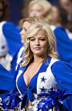 Dallas Cowboys Cheerleaders Pictures and Photos - Getty Images Dallas Cheerleaders, Hottest Nfl Cheerleaders, Professional Cheerleaders, Cheerleading Pictures, Ice Girls, Fashion Tips For Women, Fashion Ideas, Women's Fashion, Sport Girl