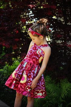 The Recital Dress Tutorial sewing-inspiration Girls Dresses Sewing, Sewing Kids Clothes, Little Girl Dresses, Sewing For Kids, Diy Clothes, Sewing Ideas, Kids Clothing, Sewing Crafts, Sewing Projects