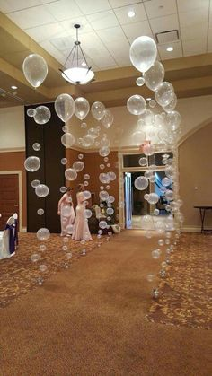Bubble Balloons Walkway for Cincinnatti Christian School Prom, balloons bubble .Bubble Balloons Walkway for Cincinnatti Christian School Prom, Ballons Bubble Christian Cincinnatti School . Prom Balloons, Bubble Balloons, Birthday Balloons, Birthday Parties, Wedding Balloons, Wedding Parties, Birthday Shots, Round Balloons, Graduation Parties