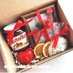 Diy Geschenke Geburtstag Freundin✔ Diy Geschenke Geburtstag Freundin Candy cane Creative and Easy Christmas Gifts Ideas for Family and Friend Diy Christmas Gifts For Friends, Christmas Gift Baskets, Holiday Gifts, Diy Gift Baskets, Gift Hampers, Nutella Gifts, Homemade Gifts, Diy Gifts, Personalised Gifts Diy