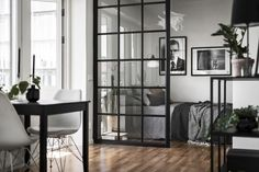 Cheap Home Decorating Websites Small Apartment Interior, Small Apartment Design, Studio Apartment Decorating, Studio Decor, Small Appartment, Room Partition Designs, Tiny Apartments, Loft House, Interior Design Studio
