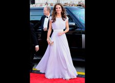 I adore this dress. Seriously, can Kate and I just be BFFs now?