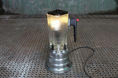 Splender (lamp) upcycled blender... Great idea for a bar or restaurant decor!