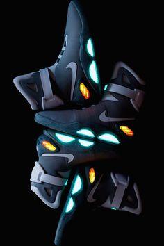 First Look At Upcoming atmos x Nike Air Max Releases Nike Air Mag, Nike Air Shoes, Nike Shoes Outlet, New Nike Air, Sneakers Nike, Shoes Wallpaper, Nike Wallpaper, Nike Fashion, Sneakers Fashion