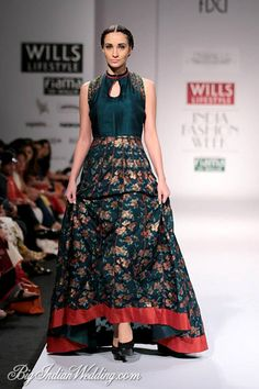 Shruti Sancheti beautiful floor-length anarkali