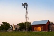 LaRue Homestead Barn| Heritage Restorations