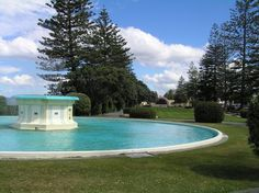The Tom Parker Art deco fountain on the foreshore at Napier. The sound dome is in the distance. Designed by Stanley Natusch with help from Louis Hay (??).