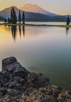 Sparks Lake, Oregon