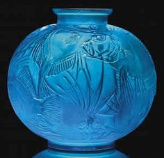 R. Lalique Poissons Vase In Electric Blue Glass