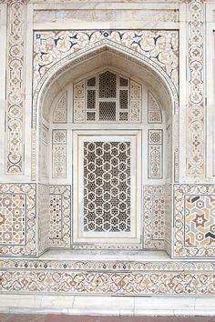 Iwan at Itmad-Ud-Daulah's Tomb (Baby Taj) | by David Castor door