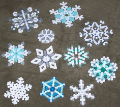 Snowflakes made on the hex and circle and six-point star pegboards. Easy Perler Bead Patterns, Perler Bead Art, Christmas Perler Beads, Pearl Beads Pattern, Christmas Arts And Crafts, Hama Beads Design, Peler Beads, Iron Beads, Melting Beads
