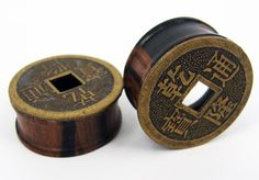 """PAIR EAR-PLUG WOOD TUNNELS ANTIQUED CHINESE STYLE EARLETS GAUGES 1"""" -25MM PALINA DESIGN"""