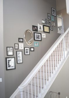 Stairway picture wall collage hallway Stairway picture wall collage hallway Related posts:nails design Decor Ideas: Pictures for labels so its easier for kids to put stuff Stairway Picture Wall, Stairway Pictures, Decoration Hall, Decoration Design, Decorations, Grey Hallway, Striped Hallway, Front Hallway, Ideas Hogar