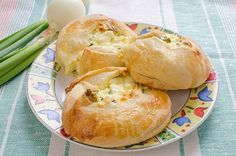 Knishes de Papa (Niches) Te enseñamos a cocinar recetas fáciles cómo la receta de Knishes de Papa (Niches) y muchas otras recetas de cocina..
