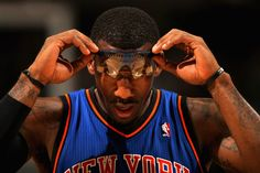 love the Amare Stoudemire photo & pose- he does this often- have you noticed