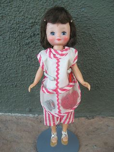 Vintage Betsy McCall Doll Mommy,s Helper Outfit American Character