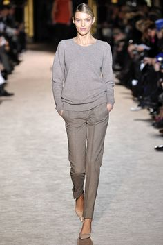 Must-have grey ankle-length suiting pants dressed down with a crewneck