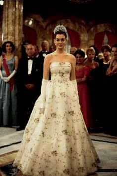 Anne Hathaway Princess Diaries   Google Search