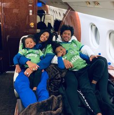 'Zaddy Shark': Russell Wilson Has Fun Pool Day with Ciara and Kids, Fans Pile on Praises Cute Family, Family Goals, Beautiful Family, Black Celebrity Couples, Cute Black Couples, Happy Sunday, Ciara And Russell Wilson, Ciara Wilson, Swag Couples