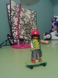 Click skater boy.
