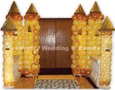 Golden Castle Balloon Pillar