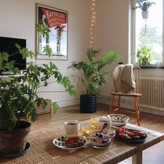 interior home ideas My New Room, My Room, Interiores Shabby Chic, Dream Apartment, Cozy Apartment Decor, Decoration Design, Aesthetic Rooms, House Rooms, My Dream Home