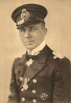 Lothar von Arnauld de La Periére, comandante do U-139.