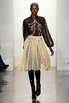 Lace and broderie, modern.
