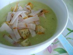 Brokolicovo-karfiolová polievka s nivou Y Recipe, Cheeseburger Chowder, Food Dishes, Guacamole, Soup, Fruit, Ethnic Recipes, Soups