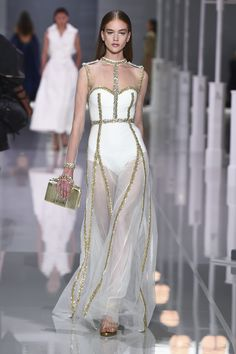 Ralph & Russo S/S 2018 - Ready to Wear