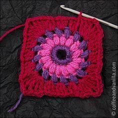 granny square free crochet pattern ༺✿Teresa Restegui http://www.pinterest.com/teretegui/✿༻