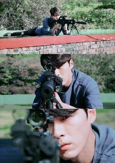 Hyun Bin as Yoo Jin Woo in Memories of Alhambra Asian Actors, Korean Actors, Korean Dramas, Hyun Bin, Park Shin Hye, Drama Film, Drama Movies, Good Morning Call, We Bare Bears Wallpapers
