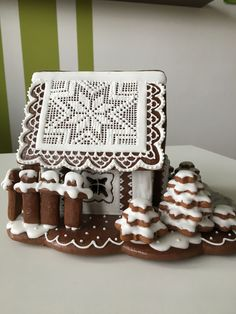Gingerbread Houses, Cake Decorations, Christmas Ideas, Sweets, Wafer Cookies, Houses, Home, Gummi Candy, Candy
