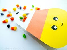 Papercraft DIY: Free printable kawaii candy corn Halloween treat bag  | Next to Nicx