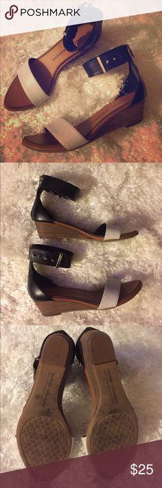 I just added this listing on Poshmark: Chinese Laundry sandals. #shopmycloset #poshmark #fashion #shopping #style #forsale #Chinese Laundry #Shoes