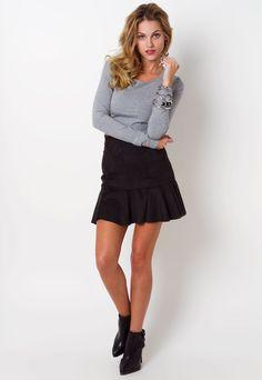 LindonaRem- Comunidade da Moda : Look do Dia   Espacialmente p/ as meninas mais jovens! Skater Skirt, Ideias Fashion, Skirts, Community, Fashion Trends, Toddler Girls, Skater Skirts, Skirt