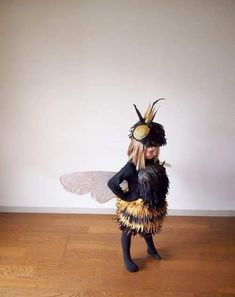 The Cardboard Collective: Queen Bee Costume. One of my new favorite sites. Amazing creativity for adults and kids. The Cardboard Collective: Queen Bee Costume. One of my new favorite sites. Amazing creativity for adults and kids.