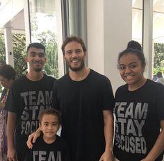 "Sam with fans in Fiji while filming ""Adrift"". He's the sweetest. Sam Claflin, Fiji, Boyfriend, Mens Tops, T Shirt, Fashion, Supreme T Shirt, Moda, Tee Shirt"