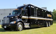 Police Truck, Police Gear, Ambulance, 4x4, Mobile Command Center, Motorhome Conversions, Military Vehicles, Police Vehicles, Kenworth Trucks