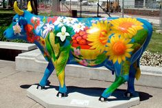 "Originating in Switzerland, the ""Cows on Parade"" made their American debut in Chicago, 1999"